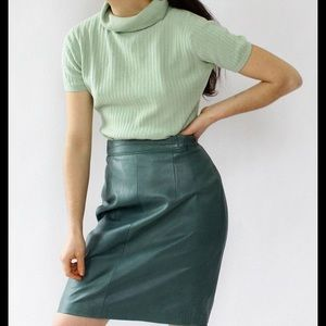 Carlisle Forest Green 100% Leather Vintage Skirt